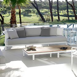 Alura Sofa