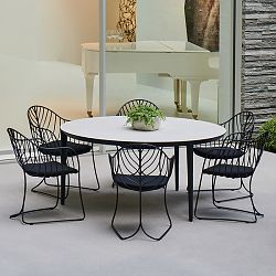 Folio Dining Chair with Round Table