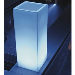 Mambo Illuminated Outdoor Planter