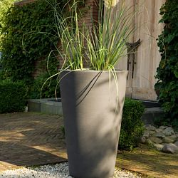Liscio Indoor-Outdoor Planter