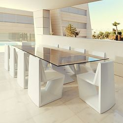 Rest Outdoor Dining Table and Chairs