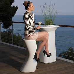 Noma Outdoor Bar Table and Stools