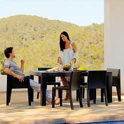Jut Outdoor Dining Chairs