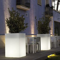 Illuminated High Cube Outdoor Planter