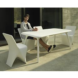Pal Outdoor Dining Table and Chair Collection