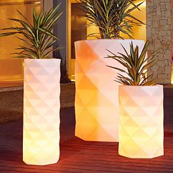 Marquis Illuminated Planter
