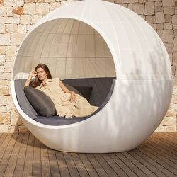 Moon Daybed with Canopy