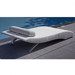 Wave Outdoor Chaise Lounge