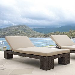 Pacific Wicker Chaise