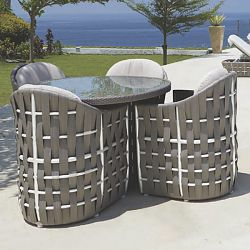 Strips Round Outdoor Dining Table and Chairs