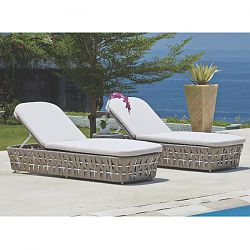 Strips Chaise Lounge